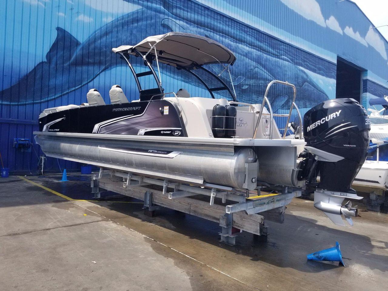 2018 Used Princecraft 29 Vogue Xt Pontoon Boat For Sale
