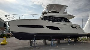 New Carver C40 Motor Yacht For Sale