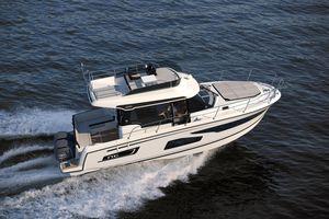 New Jeanneau NC 1095 Fly Flybridge Boat For Sale