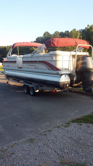 Used Premier Boats SunSation LTD 250 Pontoon Boat For Sale