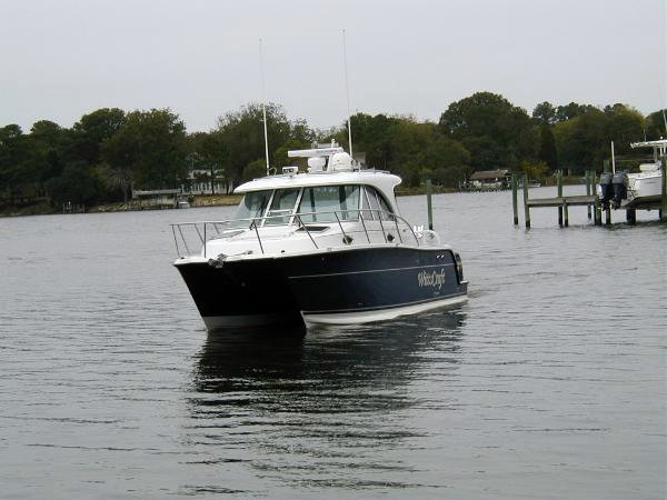 Used Glacier Bay 3080 Coastal Runner Power Catamaran Boat For Sale