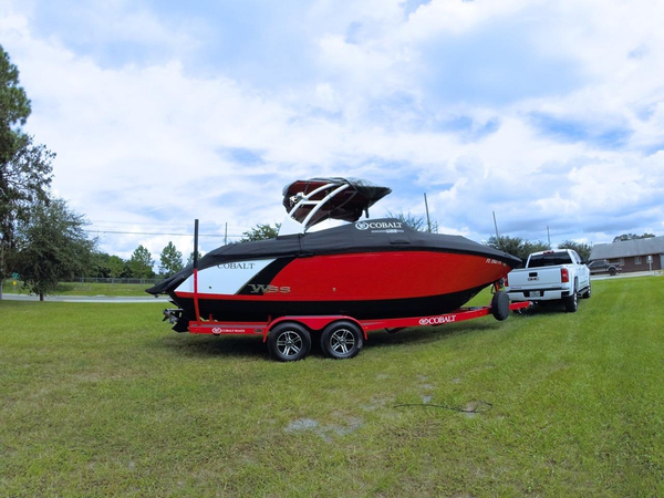 Used Cobalt 26 SD WSS Bowrider Boat For Sale