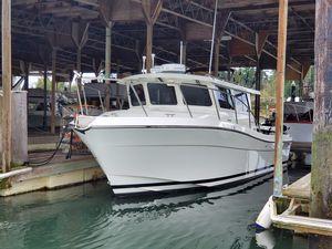 Used Lindell Ocean Sport Roamer Sports Fishing Boat For Sale