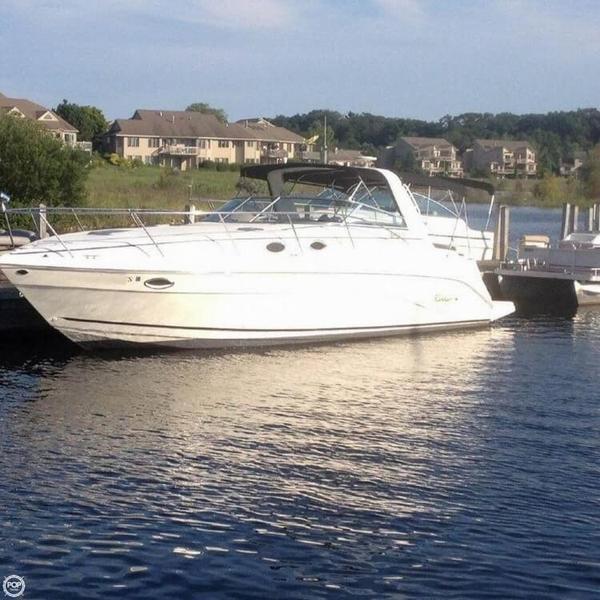 Used Rinker FIESTA-VEE 342 Express Cruiser Boat For Sale