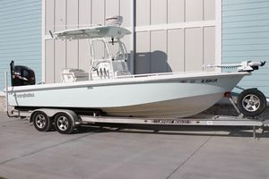 Used Everglades 243 CC Center Console Fishing Boat For Sale