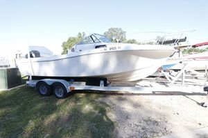 Used Chris-Craft 21 Center Console Fishing Boat For Sale