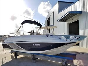 Used Hurricane 19 CC Outboard Center Console Fishing Boat For Sale