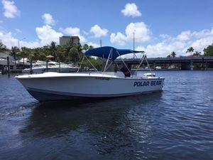 Used Offshore Yachts 22 Center Console Center Console Fishing Boat For Sale