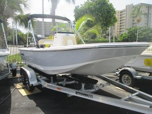 New Sundance DX18 Center Console Fishing Boat For Sale