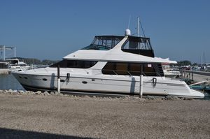 Used Carver 570 Voyager Motor Yacht For Sale