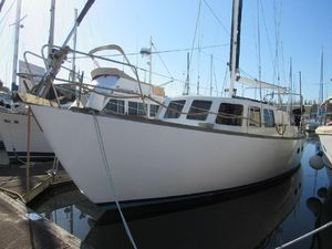Used Cal 46 Pilothouse Boat For Sale