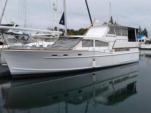 Used Matthews Flushdeck 42 Aft Cabin Boat For Sale
