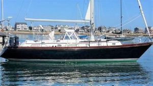 Used Bristol 41.1 CC Daysailer Sailboat For Sale