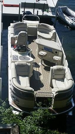Used Avalon AMBASSADOR ENTERTAINER Pontoon Boat For Sale