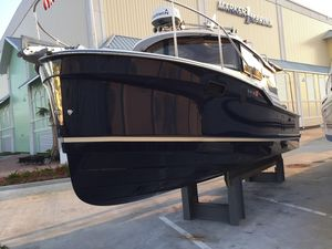 Used Ranger Tugs R27 Cruiser Boat For Sale