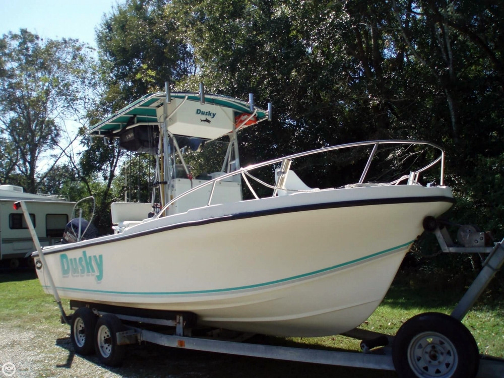 1994 used dusky marine 227 center console fishing boat for