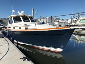 Used Sabre Hardtop Express Cruiser Boat For Sale