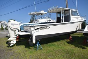 New May-Craft 2550 Pilot XL Cruiser Boat For Sale