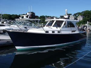 New Legacy Yachts Legacy 36 Motor Yacht For Sale