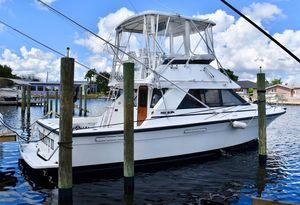 Used Phoenix 33 Flybridge Sports Fishing Boat For Sale