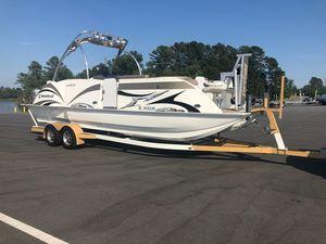 Used Caravelle Razor 247 FSR Elite Pontoon Boat For Sale