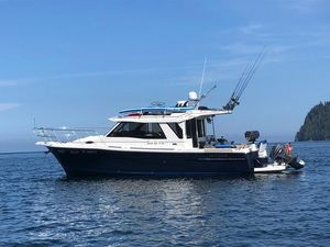 Used Cutwater 30 Sedan Cruiser Boat For Sale