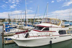 Used Navigator 5600 Sundance Pilothouse Boat For Sale