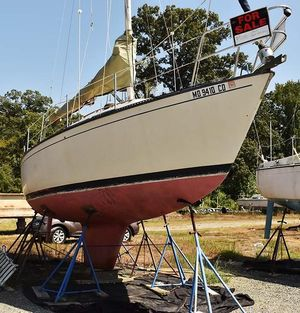 Used S2 8.6 Racer and Cruiser Sailboat For Sale