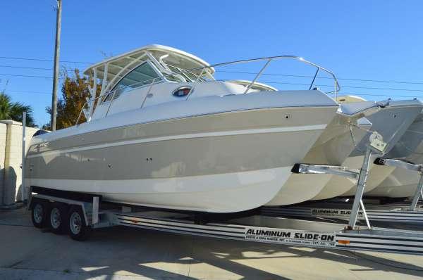 New World Cat 2770 Cuddy Cabin Glacier Bay Edition Power Catamaran Boat For Sale