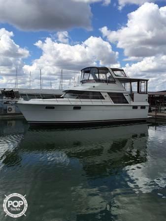 Used Carver 4207 Aft Cabin Motor Yacht Aft Cabin Boat For Sale