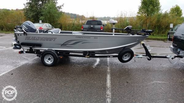 2014 used alumacraft competitor 165 t aluminum fishing for Used fishing boats for sale mn