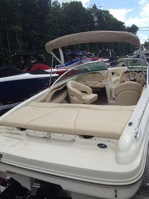 Used Sea Ray 210 Signature Bowrider Boat For Sale