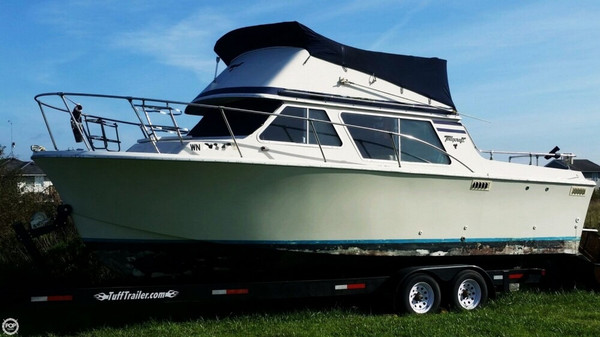 Used Tollycraft 26 Sedan Sports Fishing Boat For Sale