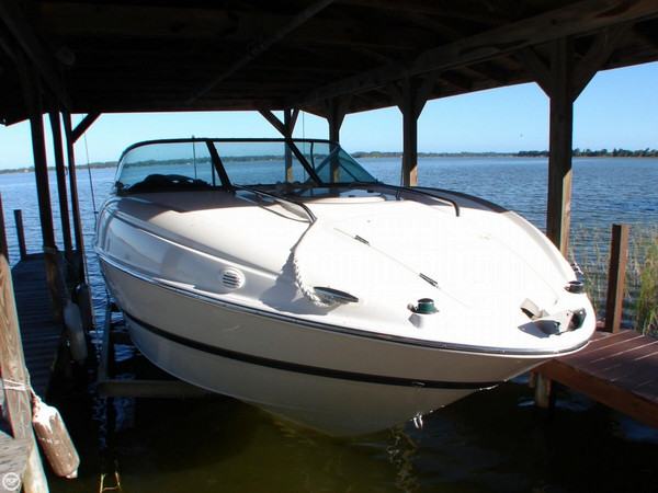 Used Maxum 2400 SC Express Cruiser Boat For Sale