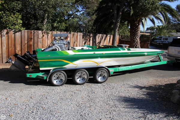 Used Hallett 21 Vector High Performance Boat For Sale