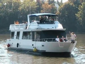 Used Skipperliner 680 House Boat For Sale