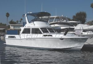 Used Uniflite 42 Aft Cabin Motor Yacht Aft Cabin Boat For Sale