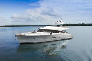 New Belize 66 Daybridge Motor Yacht For Sale