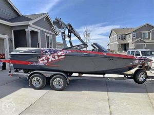 Used Axis A20 Recon Edition Ski and Wakeboard Boat For Sale
