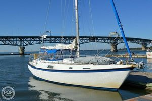 Used Pearson 390 Center Cockpit Sloop Sailboat For Sale