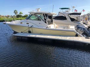 Used Pursuit 375 Offshore Sports Fishing Boat For Sale