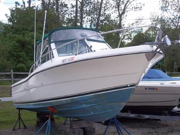 Used Pursuit 2460 Denali Cuddy Cabin Boat For Sale
