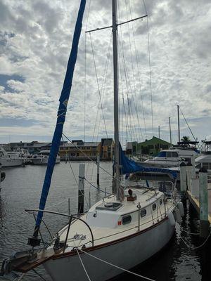 Used Cape Dory 28 Cruiser Sailboat For Sale