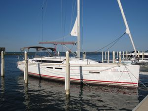 Used Jeanneau 409 Sloop Sailboat For Sale