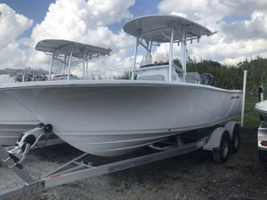 New Sportsman Heritage 211 Center ConsoleHeritage 211 Center Console Center Console Fishing Boat For Sale