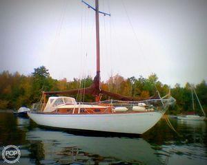 Used Hinckley SOU'WESTER 34 Sloop Sailboat For Sale
