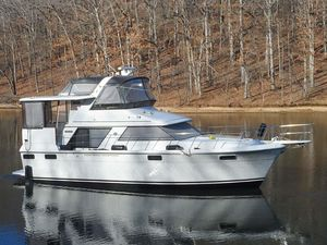 Used Carver Motoryacht Motor Yacht For Sale