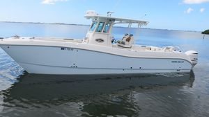 Used World Cat 320 CC Power Catamaran Boat For Sale