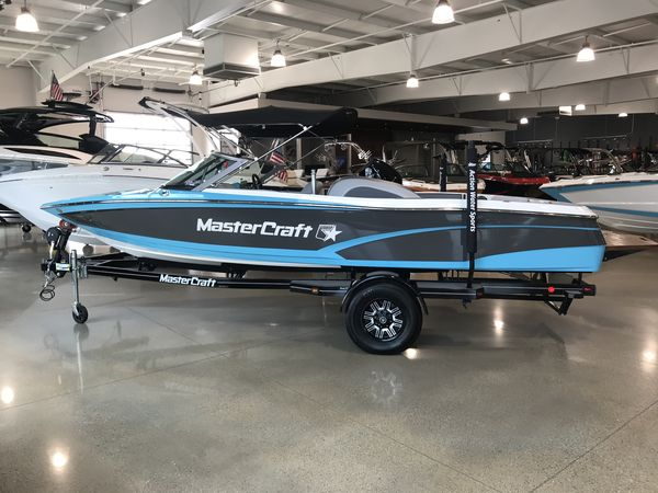 Used Mastercraft ProStarProStar Ski and Wakeboard Boat For Sale