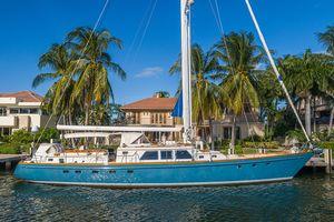 Used Little Harbor Raised Saloon Motor Yacht For Sale